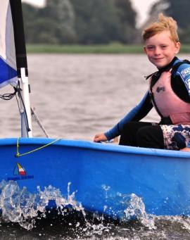 Youth Sailing Single-handed (Optimist)